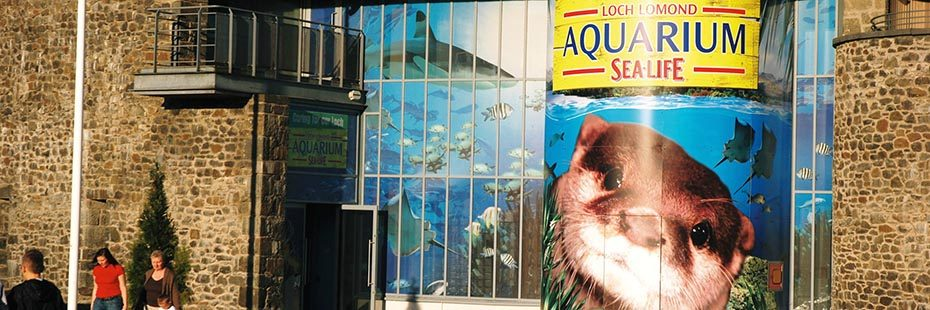 loch-lomond-shores-aquarium-sealife-centre-entrance-with-large-poster-of-fish-and-otter